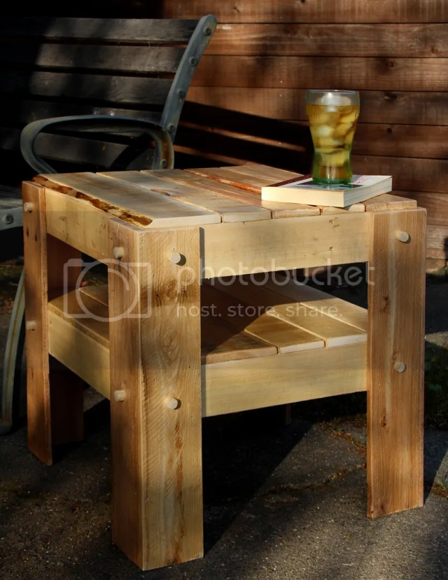 Outdoor Wood Projects with Pallets