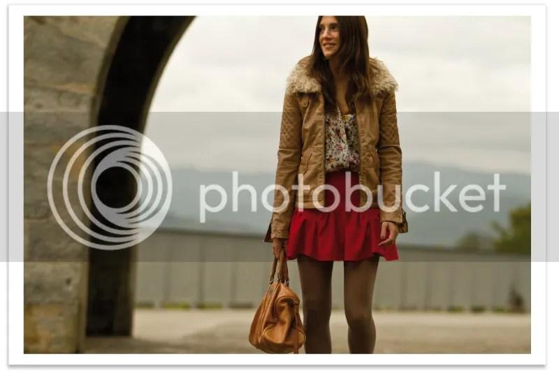 mini-falda-y-chaqueta-cuero-balamoda 3