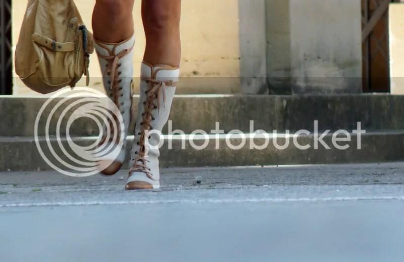 Unas botas de lo más discretas/ A very subtle pair of boots