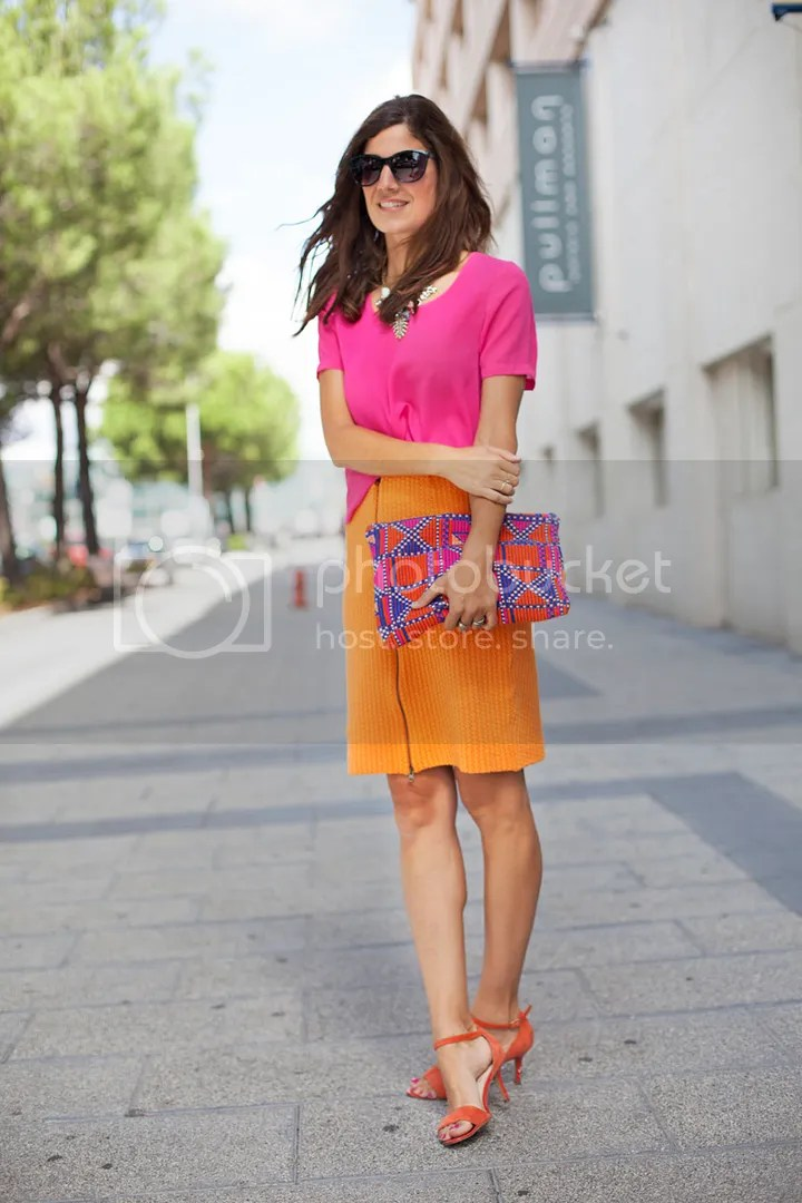 photo pink-orange-contrast-streetstyle-balamoda93_zps5cc04dbe.jpg