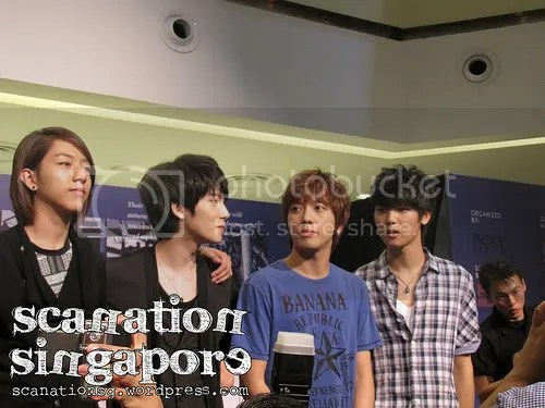 CNBLUE fansign at City Square Mall