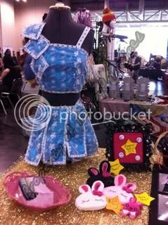 Costume piece