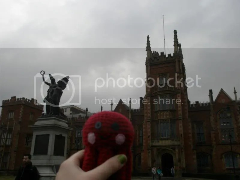 Otto in front of QUB.