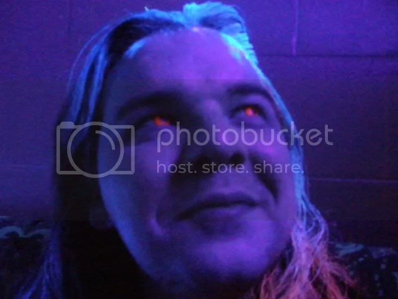 Anto with spooky red UV eyes.