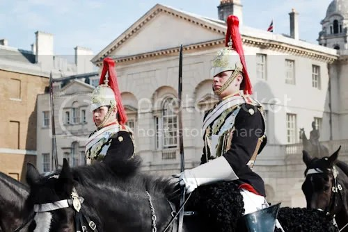 Family Visit London Horse Guards 6