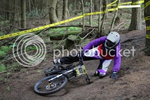hopton castle downhill mountain bike 16