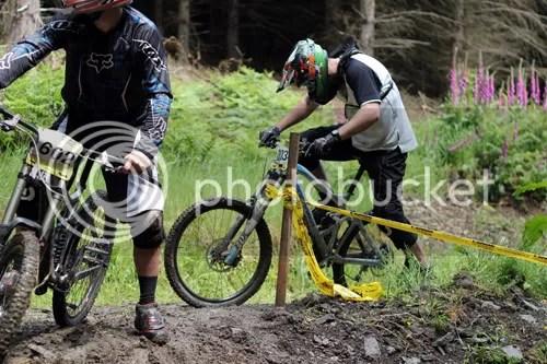 hopton castle downhill mountain bike 4