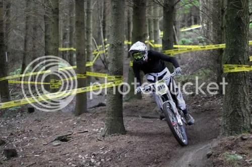 hopton castle downhill mountain bike 5