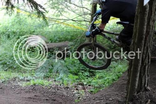 hopton castle downhill mountain bike 9