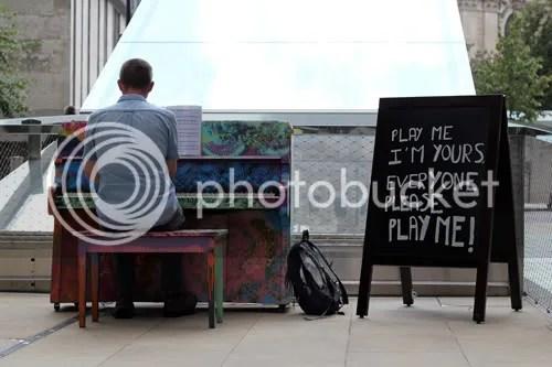 Street Piano London 2011 2