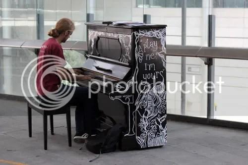 Street Piano London 2011 8