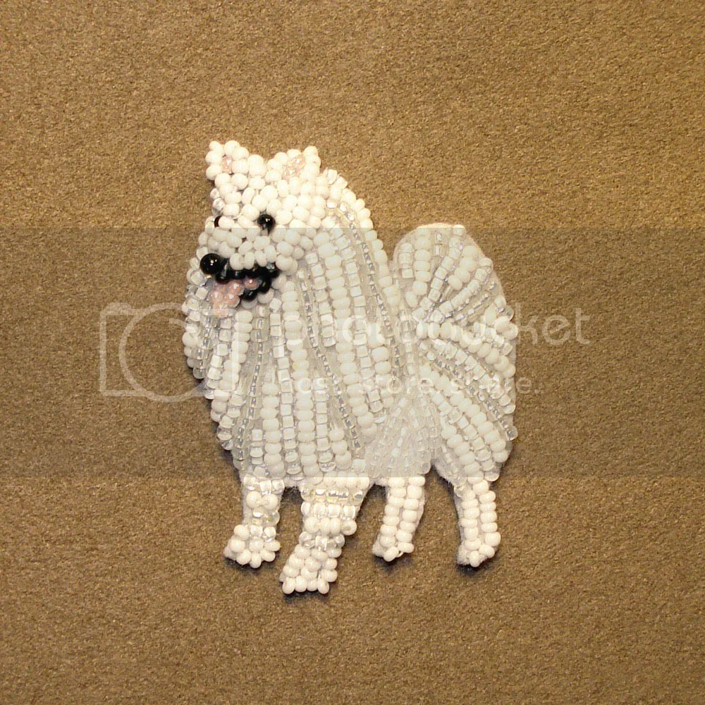 beaded american eskimo dog pin pendant samoyed japanese spitz bead embroidery