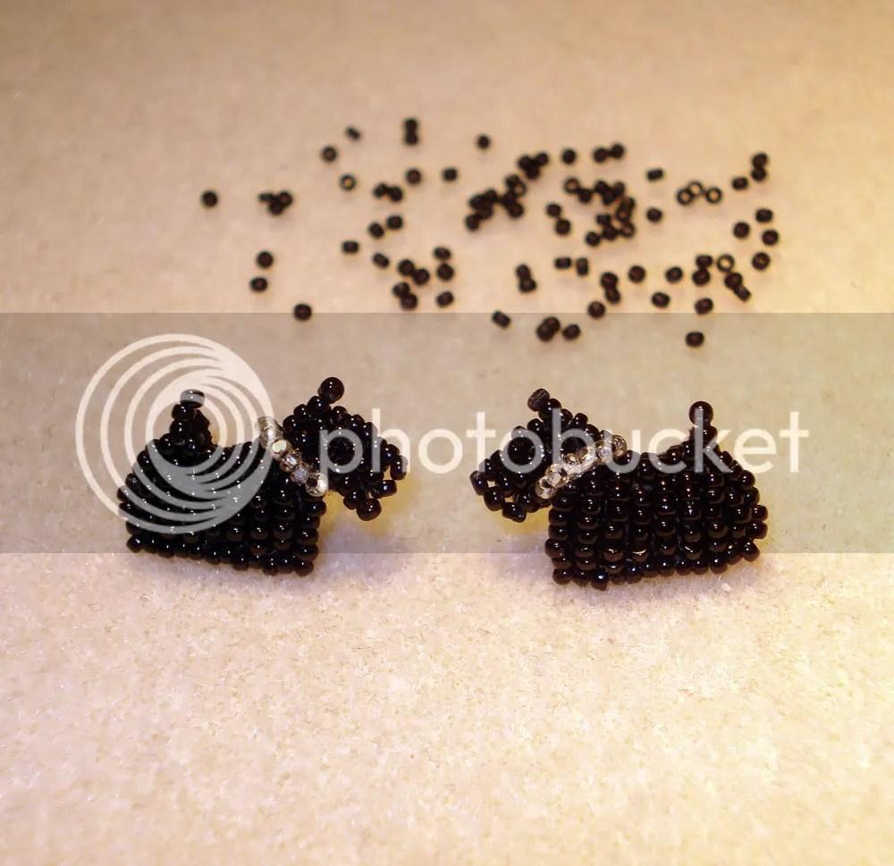 Tiny Beaded Scottie dog Scottish Terrier stud earrings bead embroidery beadwork etsy pin brooch