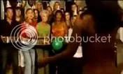 Khỏa thân trong ngày sinh nhật, video clip vnfriends.tk
