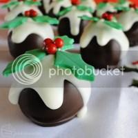 12 Days of Christmas :: 12 Pudding Truffles
