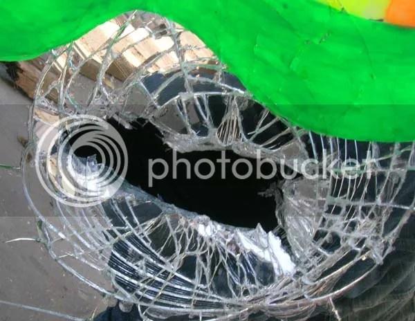 España, espejo roto en pedazos