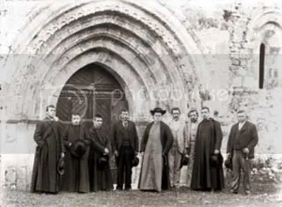 El Obispo Martinez Vigil, en San Antolin, en mayo de 1896