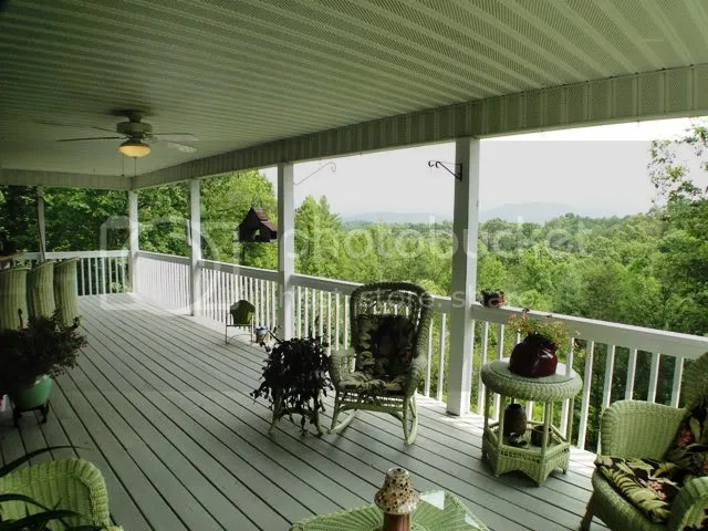 There is OUTSIDE ACCESS to the huge view deck, Franklin NC Homes for Sale, Franklin Free MLS Search