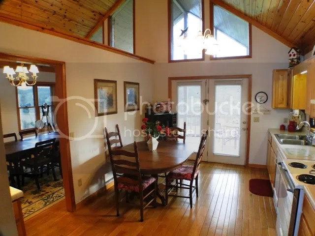 A bright and cheerful kitchen with eat-in-area in addition to formal dining room, Blue Ridge Mountain Properties, Franklin NC Homes for Sale