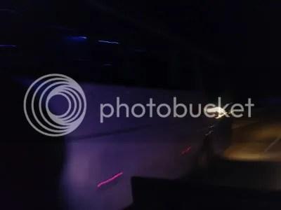 Shantika MB OH 1521 melewati Scania Nusantara