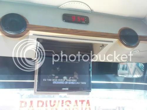 LCD TV Bis Menggala
