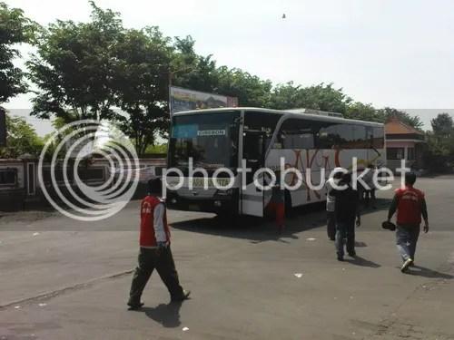 Harapan Kita Cirebon di Terminal Bayuangga