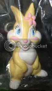 #OD015 – Miss Bunny Keychain - $3