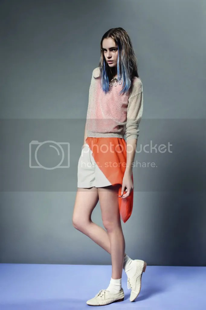 layering,ombre hair,pastel