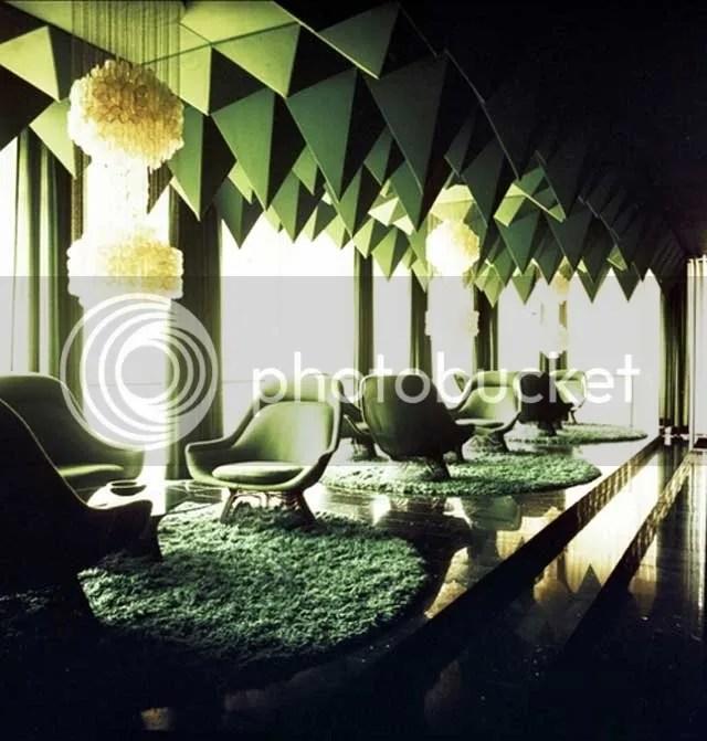 pyramid,interiors,green