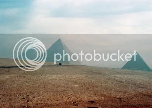 pyramid,mystical,desert,triangle