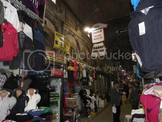 Ghid: Cum deschid un magazin online - De la înființarea firmei la lansarea magazinului
