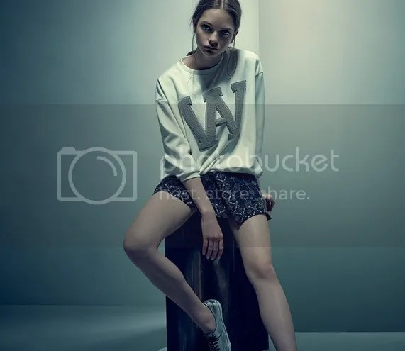photo obsessions_woman_05FILEminimizer_zps6fab2122.jpg