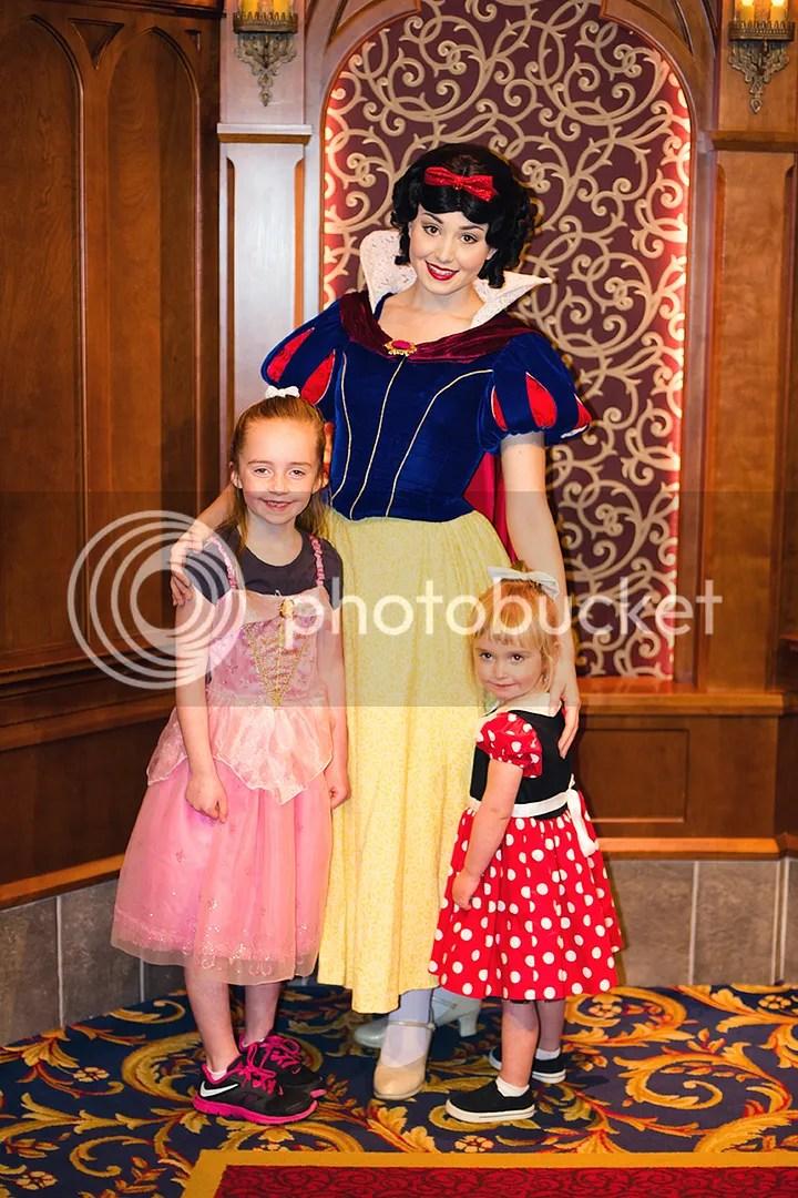 photo DisneylandKSimmons_18_zpsbx3r99zl.jpg