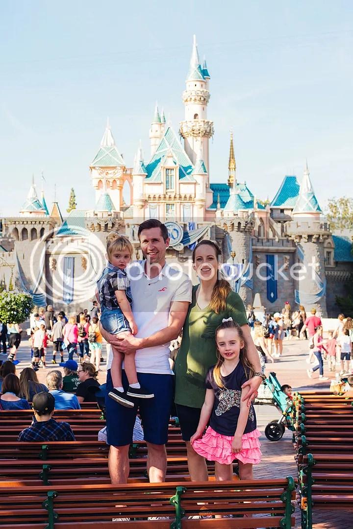 photo DisneylandKSimmons_31_zps3sfido4n.jpg