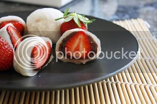 Bất ngờ về trái dâu tây Nhật Bản
