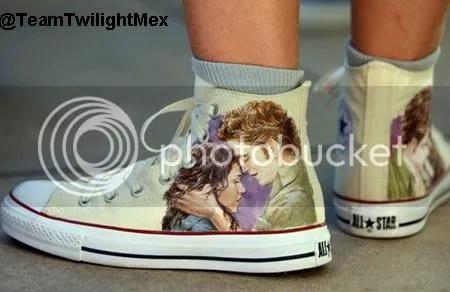 https://i2.wp.com/i956.photobucket.com/albums/ae48/Gossip_dance/Fanart%20wallpapers%20etc/shoes.jpg