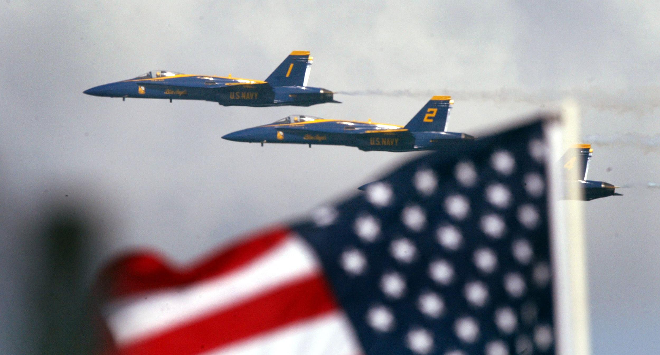 Air Show Tops Off Fleet Week