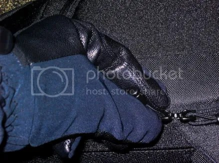 Using the zipper with gloves
