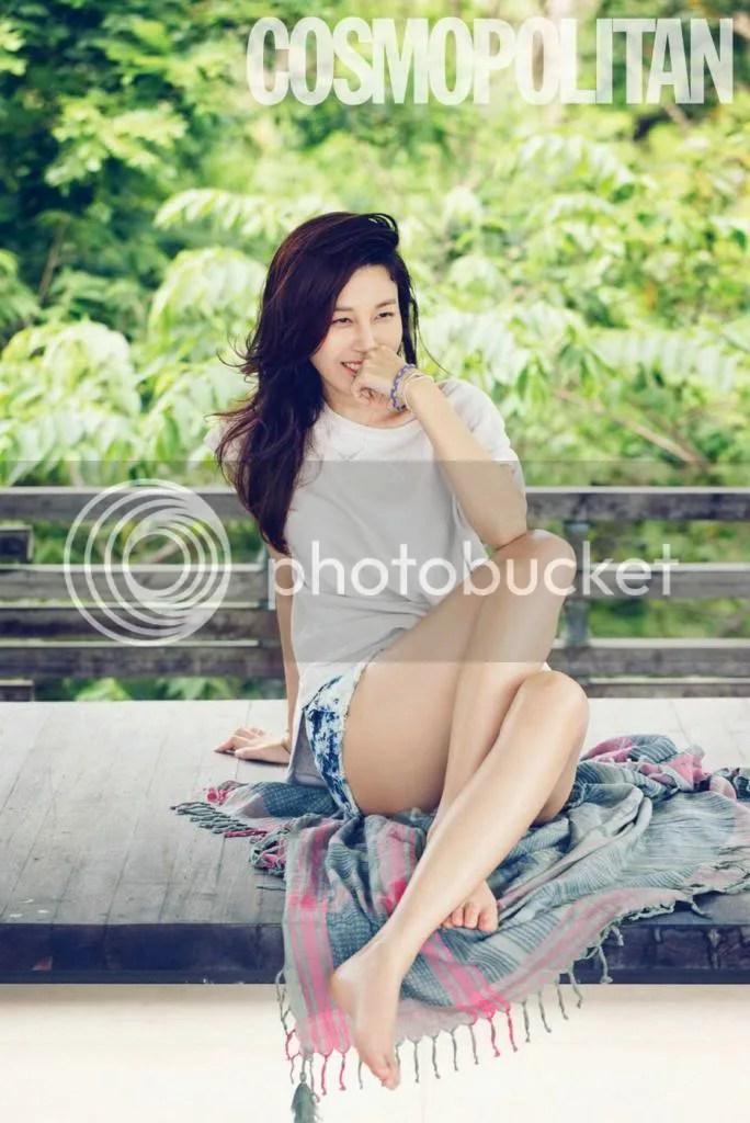 photo KimHaNeul-CosmopolitanMagazineAprilIssue20132_zpsebf5d895.jpg