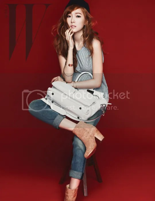 photo JessicaJungSNSDGirlsGenerationWKoreaMagazineAprilIssue2013_zpsb0041f3a.jpg