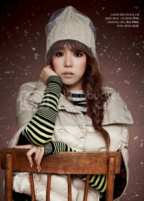 photo TiffanyHwangSNSDGirlsGenerationHighCutMagazineVol902_zpsd22a5777.jpg