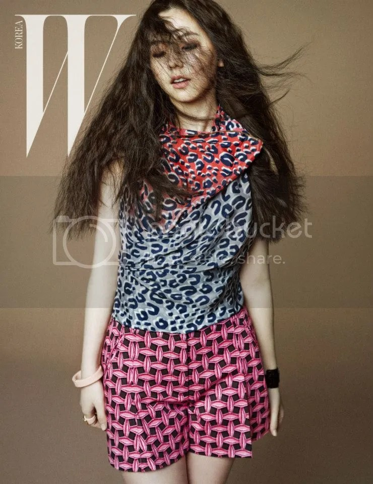 photo SoheeWonderGirlsWKoreaMagazineApril20134_zpsb43e1348.jpg