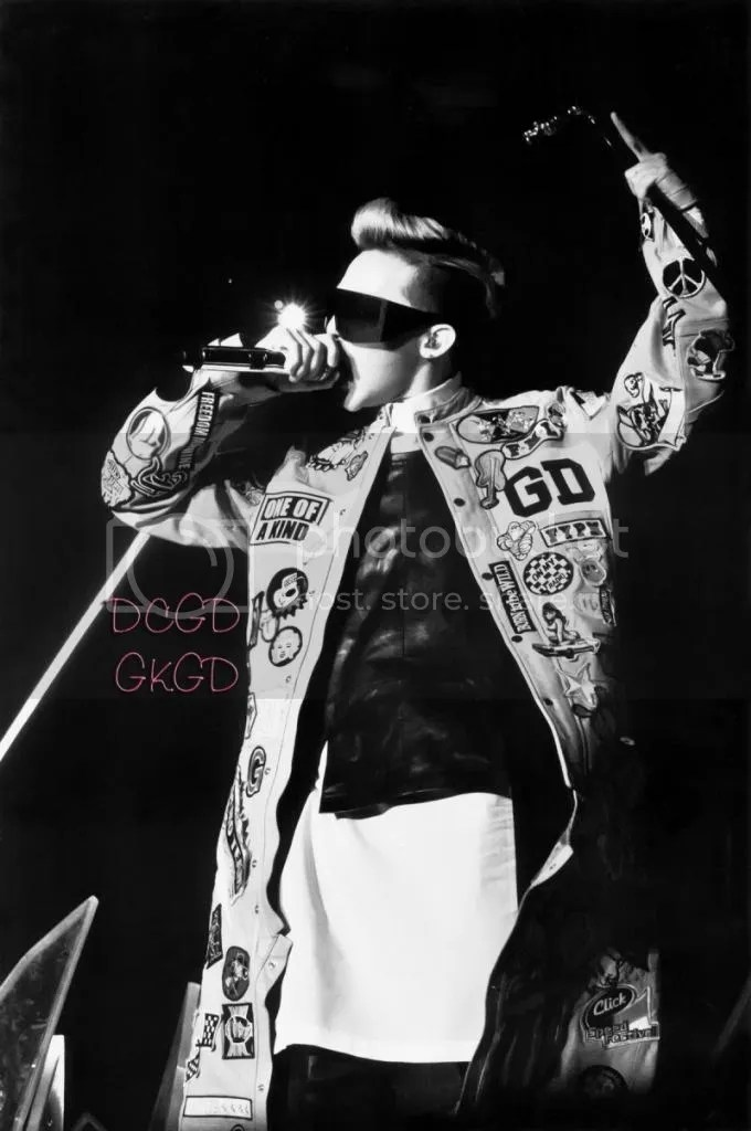 photo g-dragon_ooak_scans-800x1204_zpsbdf664a8.jpg