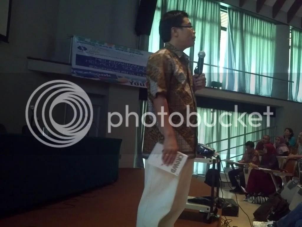 Yuswohady di acara Forum TDA Depok