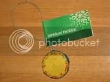 Decoratiune facuta din materiale reciclabile - cadou_resize