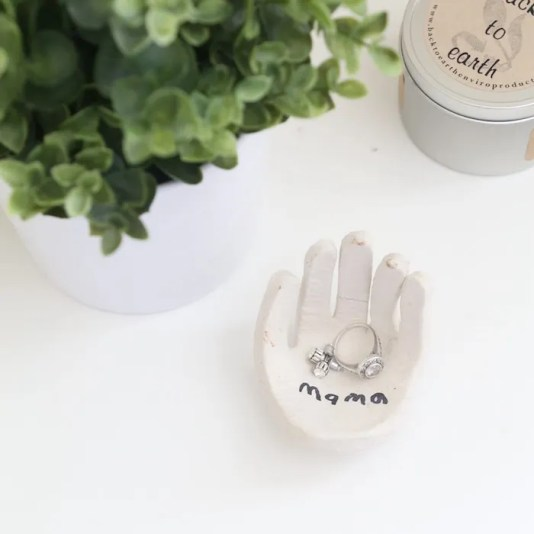 Last-minute Mother's Day gift ideas: DIY Ring Holder by Mama Papa Bubba