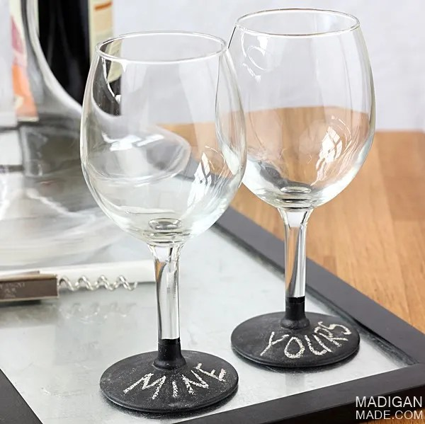 chalkboard paint on wine glasses - easy DIY