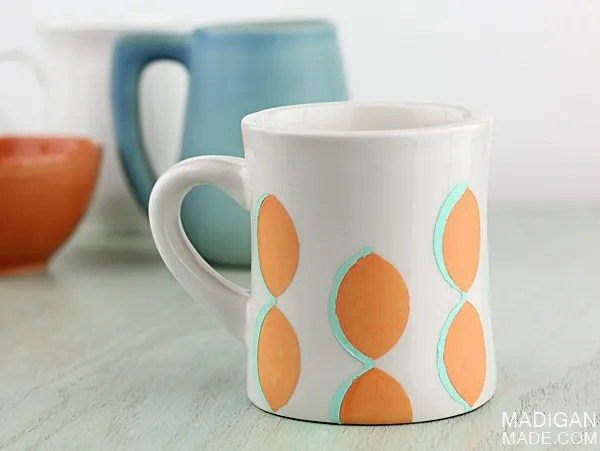 Simple scallop painted ceramic mug craft