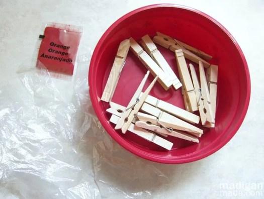 dye wood with tie dye craft kit
