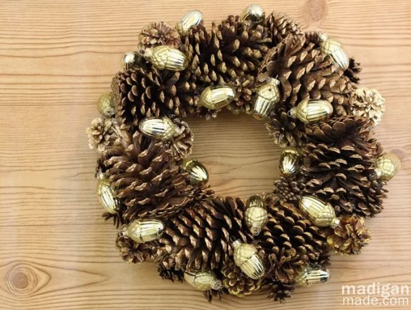 Gilded Pinecone Wreath Craft - tutorial at madiganmade.com